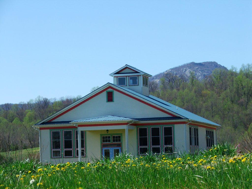 Belle Meade School